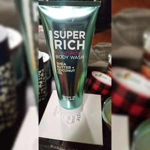 Bath and body works  Magic in the Air body wash